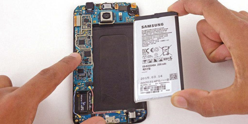 Pull-out-battery-troubleshoot-'Android Is Starting' Followed By 'Optimizing Apps' Issue.